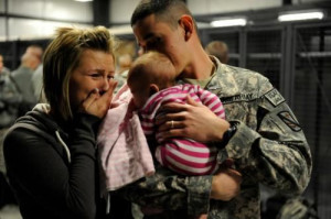 Military dad meets baby for first time. awwwwww im tearing up!! just ...