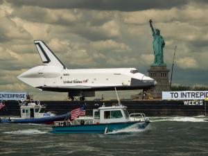 Shuttle Enterprise Lands on the Deck of Intrepid in Manhattan