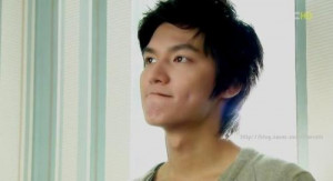 ... here's my short post dedicated to LEE MIN HO'S DIMPLES TROLOLOLOLOL