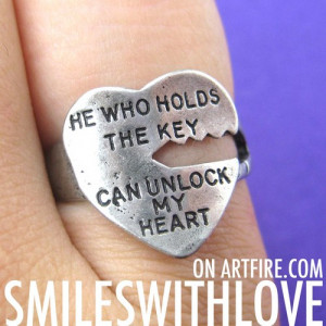 Love Quote Key Ring Silver - He Who Holds The Key Can Unlock My Heart