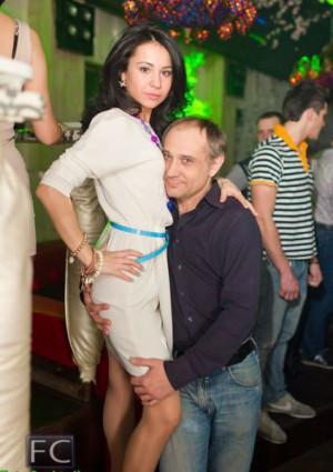Cute Russian Club Girls Seem to Love Creepy Guys. Part 2 (33 pics)