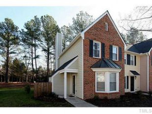 34 Forest Gln Chapel Hill , NC 27517