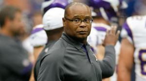 Mike Singletary Pictures