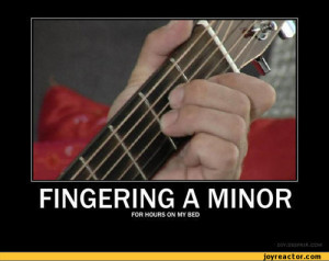 ... HOURS ON MY BED / finger :: funny pictures :: demotivation :: Guitar