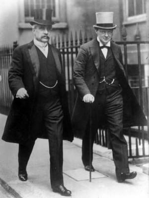 : Le Premier ministre canadien Robert Borden (1854-1937) et Winston ...