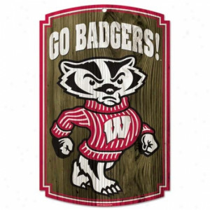 Wisconsin Badgers Wood Sign .