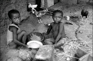 to be hungry without possible hope of food;