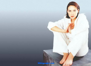 93225d1326518343-claire-forlani-claire-forlani-wallpapers.jpg