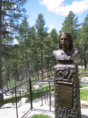 attuale luogo di sepoltura del pistolero, nel Mount Moriah Cemetery ...