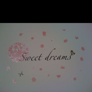 Sweet dreams' wall decor