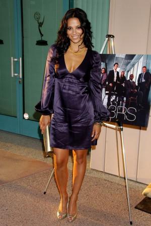 Thread: Navi rawat-hot indo-american actress with stunning figure
