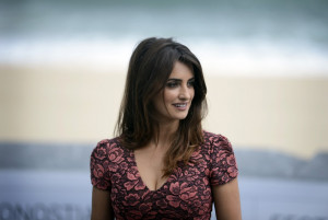 ... Spanish Star Penelope Cruz to Become Oldest Ever Bond Girl [PHOTOS