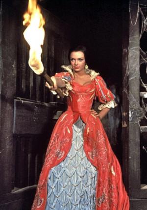 rarecultcinema: Barbara Steele, Pit and the Pendulum (1961)