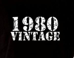 1980 Vintage 35th Birthday Gift Pre sent T Shirt T-Shirt Tshirt Age 35 ...