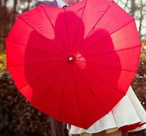 romantic-quotes-heart-umbrella.jpg