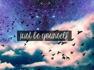 be-yourself-galaxy-pretty-quotes-Favim.com-970514.jpg