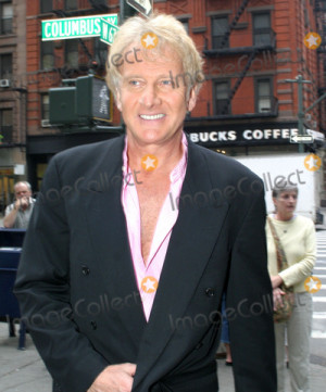 Graham Russell Picture Air Supply Leaving the Regis and Kelly Show