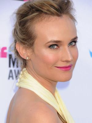 Diane Kruger Critics Choice Awards 2012 414x530 Top 10 beauty looks ...