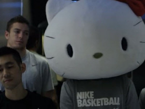 film-shows-jeremy-lin-evading-the-paparazzi-in-taiwan-dressed-as-hello ...