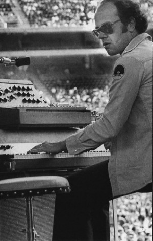 Hammer was one of the early pioneers who played the Mini Moog ...