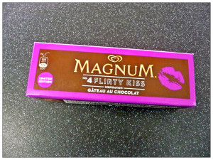 Flirty Comments Magnum no.4 flirty kiss