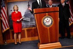 GOP Senators Discuss Financial Reform uk7NrPMOaH5x jpg
