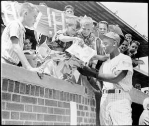 ... regarding remains of Dallas native Ernie Banks | Dallas Morning News