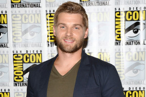 Mike Vogel Dale Barbie Under The Dome ...