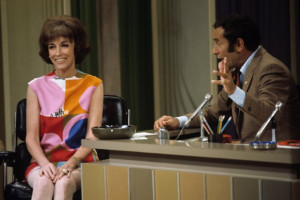 Joey Bishop and Helen Gurley Brown at event of The Joey Bishop Show