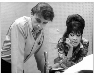 was to Veronica Bennett, later known as Ronnie Spector. Ronnie ...