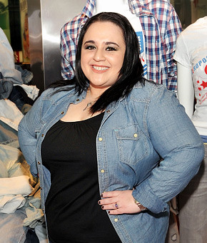 ... -news/news/nikki-blonsky-im-not-working-at-a-shoe-store-2011157