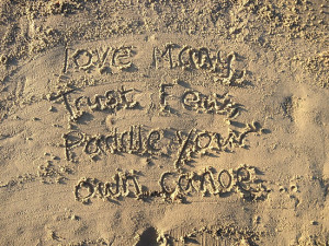 SkyZW › Portfolio › Sayings in the Sand - Love Many