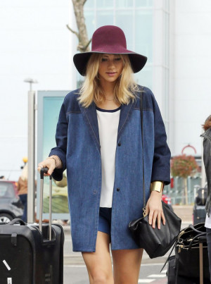 Suki Waterhouse wearing a Hilfiger Collection Spring '14 Denim Coat ...