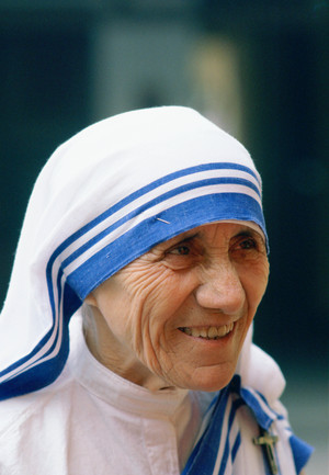 Mother Teresa in Calcutta, 1980. Tim Graham / Getty Images