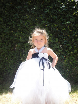 is a stunning flower girl tutu dress that will make your flower girls ...