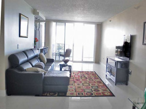 16711 Collins Ave, Sunny Isles Beach, FL 33160