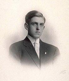 Sidney Coe Howard 1909.jpg