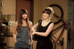 Jess and Cece entering her new apartment