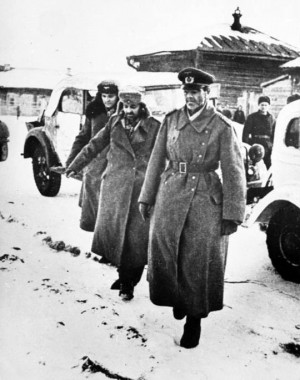 Iconic photo of Paulus at surrender of Sixth Army. He is to the right ...