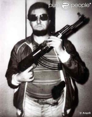 ... est le fondateur du célèbre groupe de rap américain Public Enemy