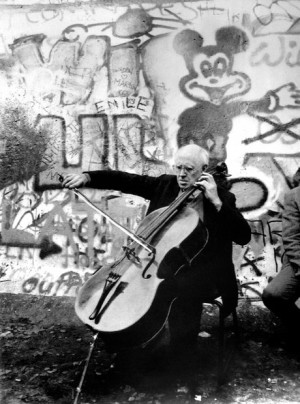 Music in conflict: 22 iconic images