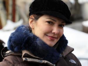 Laura Harring Site Profile