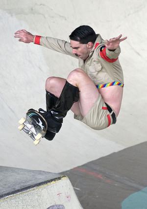 Funny photos funny hitler skate board