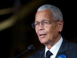 Photo: 9 Inspiring Julian Bond Quotes That Depict The NAACP Leader As ...