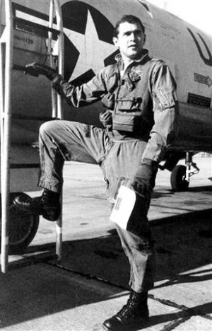 File photo of President Bush with Texas National Guard fighter plane