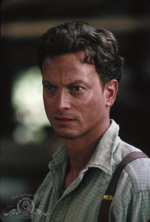 Still of Gary Sinise in Of Mice and Men (1992)
