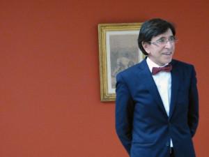 Elio di Rupo en visite pour l'exposition Van Gogh au borinage. # ...