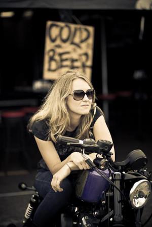 real-biker-chick-Biker%2Bbabes-00.jpg