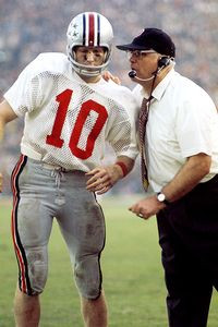 George Long/WireImage Woody Hayes, talking with QB Rex Kern in 1969 ...