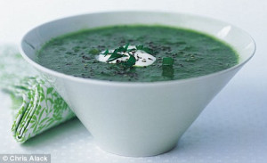 Recipe: Fresh parsley soup with a swirl